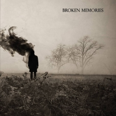 Broken Memories klein